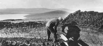 Old Photograph Cutting Peats Scotland