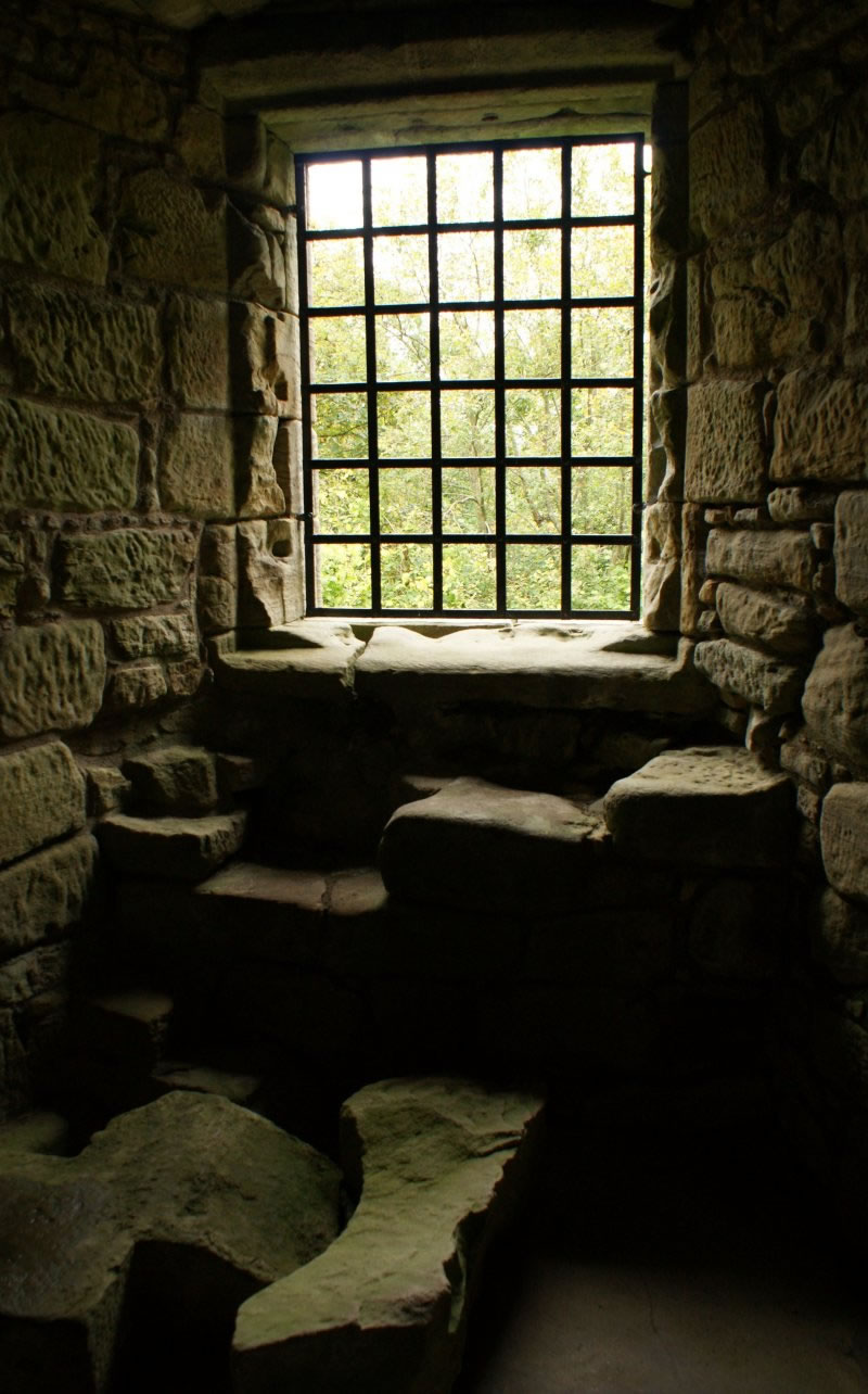 photograph interior craignethan castle scotland