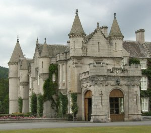 Balmoral Castle On A Small Group Tour Of Scotland